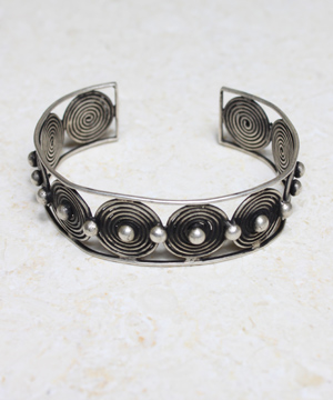 Silver Circle of Life Cuff