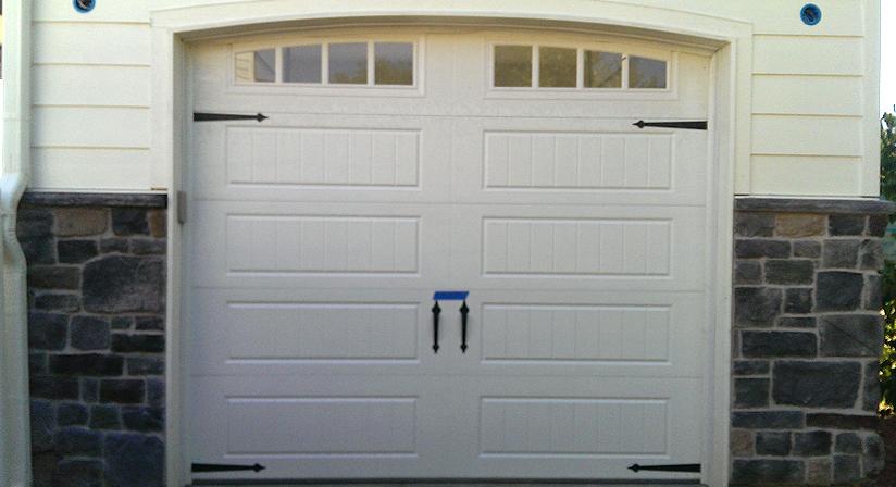 Garage doors in denver for Friendly garage door colorado springs